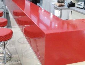 Барная стойка из красного искусственного камня