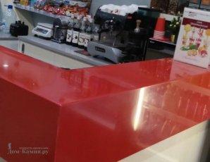 Барная стойка из красного искусственного камня2