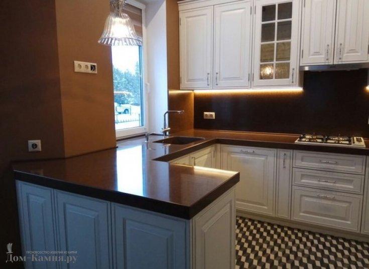 Столешница для кухни из искусственного камня TRISTONE