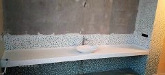 Столешница из искусственного камня Tempest Peak в ванную
