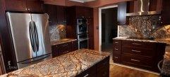 Столешница для кухни из мрамора Bidasar Brown