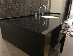 Глянцевая столешница в ванную-min