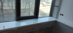 Подоконник на балкон из камня