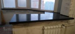 Подоконник переходящий в стол из искусственного камня Tristone st 020